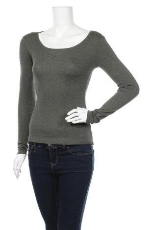 Дамска блуза H&M L.O.G.G., Размер XS, Цвят Зелен, 97% памук, 3% еластан, Цена 6,25лв.