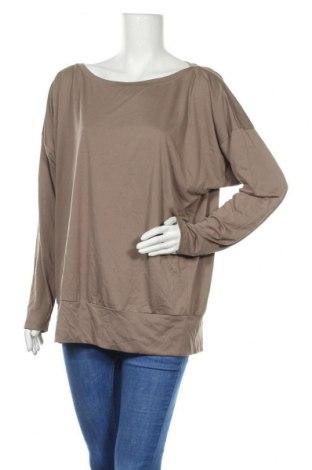 Дамска блуза Uniqlo, Размер XL, Цвят Кафяв, Полиестер, Цена 18,95лв.