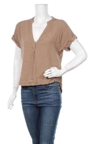 Дамска блуза Zebra, Размер M, Цвят Бежов, Вискоза, Цена 15,12лв.