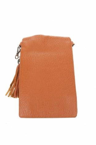 Дамска чанта Betty Basics, Цвят Кафяв, Еко кожа, Цена 6,04лв.