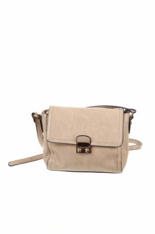 Дамска чанта Hallhuber, Цвят Бежов, Еко кожа, Цена 44,42лв.