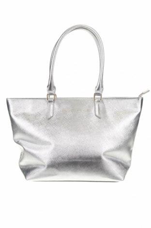 Γυναικεία τσάντα Kendall & Kylie, Χρώμα Ασημί, Δερματίνη, Τιμή 32,01€