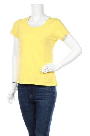 Γυναικείο t-shirt Cubus, Μέγεθος L, Χρώμα Κίτρινο, 95% βαμβάκι, 5% ελαστάνη, Τιμή 7,18€