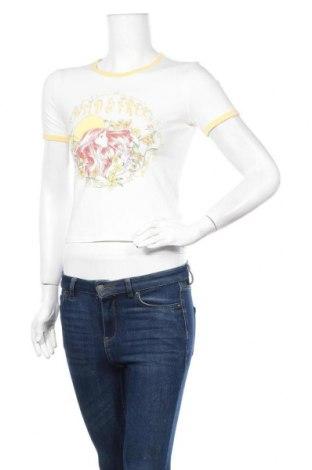 Дамска тениска H&M Divided, Размер S, Цвят Многоцветен, 95% памук, 5% еластан, Цена 12,60лв.