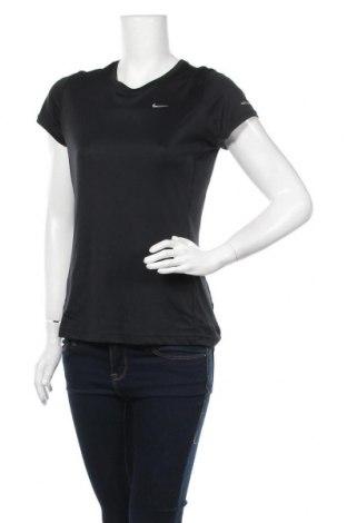 Дамска тениска Nike, Размер M, Цвят Черен, Полиестер, Цена 28,35лв.