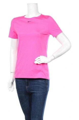 Дамска тениска Nike, Размер M, Цвят Розов, Цена 26,25лв.