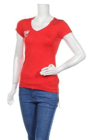 Дамска тениска Reebok, Размер XS, Цвят Червен, 84% полиамид, 16% еластан, Цена 14,82лв.