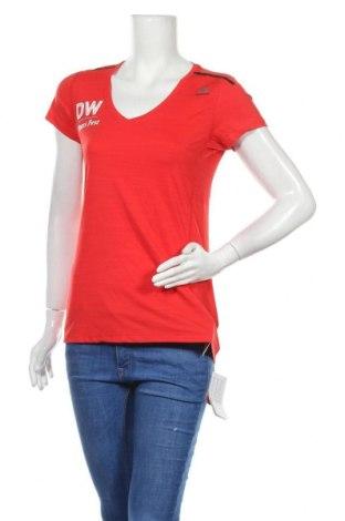 Дамска тениска Reebok, Размер M, Цвят Червен, 84% полиамид, 16% еластан, Цена 15,60лв.