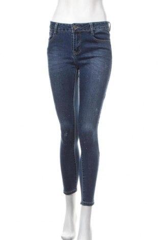 Дамски дънки, Размер M, Цвят Син, 62% памук, 19% полиестер, 17% вискоза, 2% еластан, Цена 26,93лв.