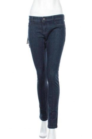 Дамски дънки Emporio Armani, Размер L, Цвят Син, 47% памук, 34% лиосел, 20% еластан, Цена 250,92лв.