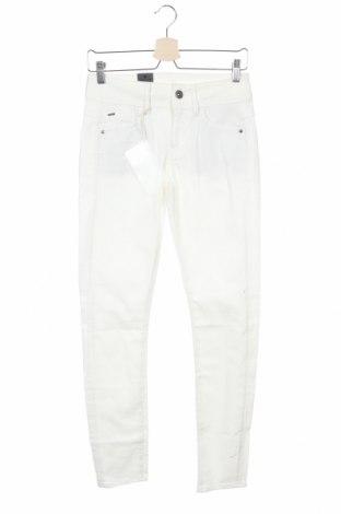 Дамски дънки G-Star Raw, Размер XS, Цвят Бял, 97% памук, 3% еластан, Цена 164,25лв.