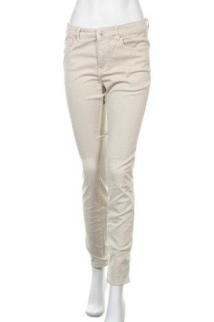 Дамски дънки H&M L.O.G.G., Размер M, Цвят Бежов, 97% памук, 3% еластан, Цена 25,20лв.