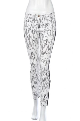 Дамски дънки Hauber, Размер S, Цвят Бял, 98% памук, 2% еластан, Цена 20,48лв.