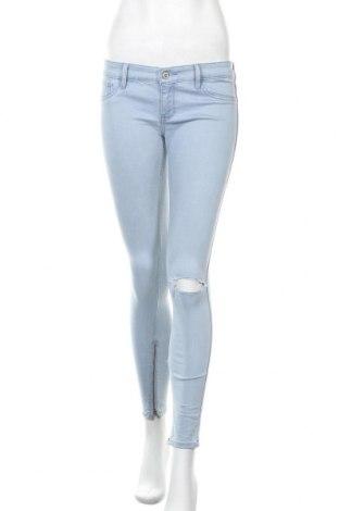 Дамски дънки Hollister, Размер S, Цвят Син, 98% памук, 2% еластан, Цена 26,46лв.