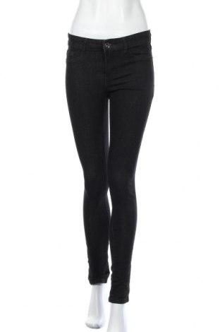 Дамски дънки Janina, Размер M, Цвят Черен, 72% памук, 22% полиестер, 5% вискоза, 1% еластан, Цена 17,64лв.