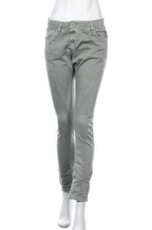 Дамски дънки Please, Размер S, Цвят Зелен, 98% памук, 2% еластан, Цена 31,92лв.