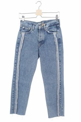 Дамски дънки Pull&Bear, Размер XS, Цвят Син, Памук, Цена 35,40лв.