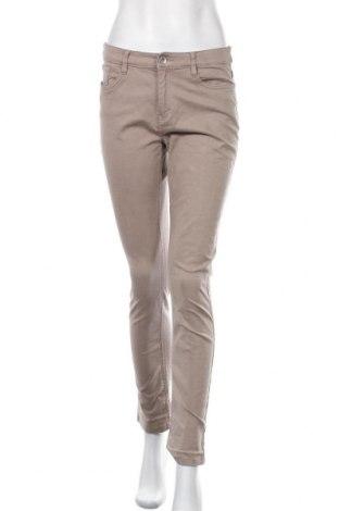 Дамски дънки Yessica, Размер M, Цвят Бежов, 98% памук, 2% еластан, Цена 23,52лв.