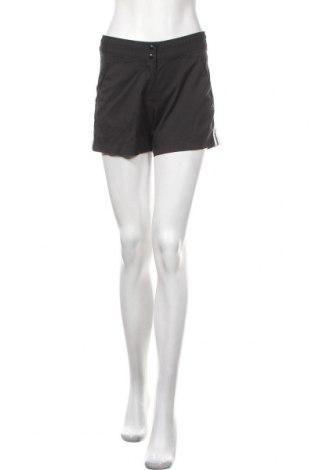 Γυναικείο κοντό παντελόνι Adidas, Μέγεθος M, Χρώμα Μαύρο, 96% πολυεστέρας, 6% ελαστάνη, Τιμή 15,79€