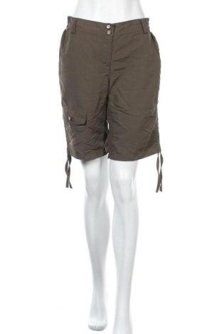 Γυναικείο κοντό παντελόνι TCM, Μέγεθος M, Χρώμα Πράσινο, Πολυαμίδη, Τιμή 8,77€