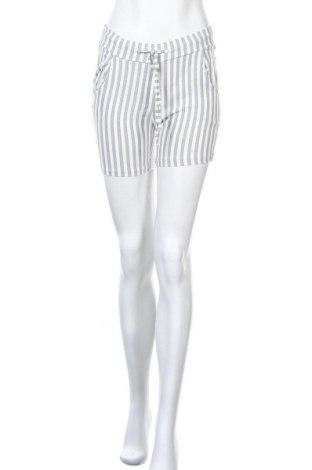 Γυναικείο κοντό παντελόνι Today, Μέγεθος M, Χρώμα Λευκό, Τιμή 9,35€