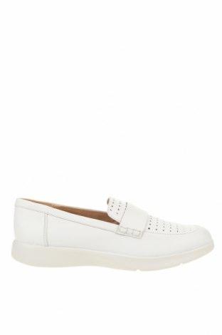 Дамски обувки Geox, Размер 39, Цвят Бял, Естествена кожа, Цена 126,75лв.