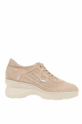 Дамски обувки Geox, Размер 38, Цвят Екрю, Естествен велур, Цена 126,75лв.