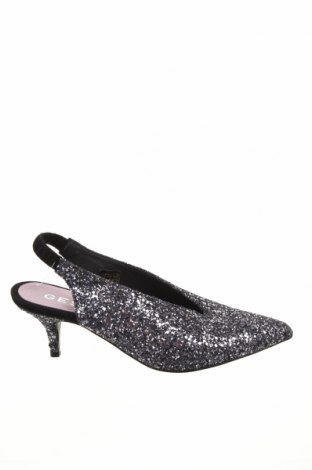 Γυναικεία παπούτσια Gestuz, Μέγεθος 37, Χρώμα Ασημί, Γνήσιο δέρμα, Τιμή 27,74€