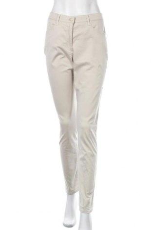 Дамски панталон Brax, Размер M, Цвят Бежов, 97% памук, 3% еластан, Цена 33,08лв.