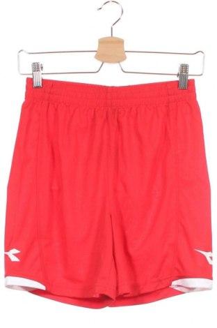 Παιδικό κοντό παντελόνι Diadora, Μέγεθος 12-13y/ 158-164 εκ., Χρώμα Κόκκινο, Πολυεστέρας, Τιμή 6,50€