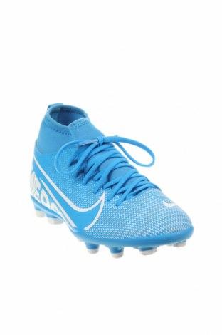 Детски обувки Nike, Размер 32, Цвят Син, Еко кожа, текстил, Цена 34,65лв.