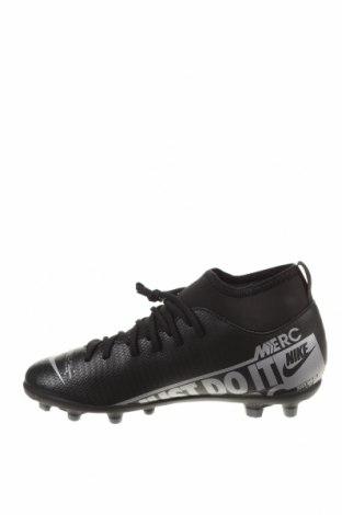 Детски обувки Nike, Размер 36, Цвят Черен, Еко кожа, текстил, Цена 34,65лв.