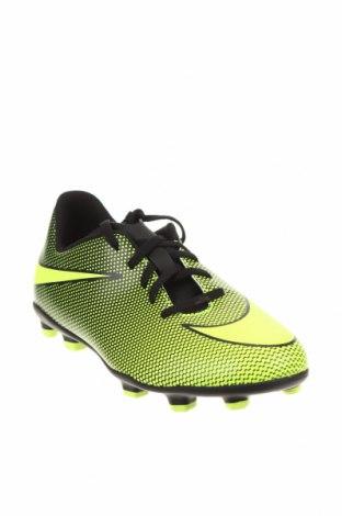 Детски обувки Nike, Размер 38, Цвят Зелен, Полиуретан, Цена 37,62лв.