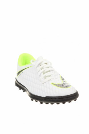 Детски обувки Nike, Размер 35, Цвят Бял, Еко кожа, Цена 29,70лв.