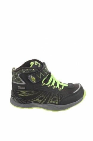 Детски обувки Umbro, Размер 29, Цвят Черен, Текстил, еко кожа, Цена 29,37лв.