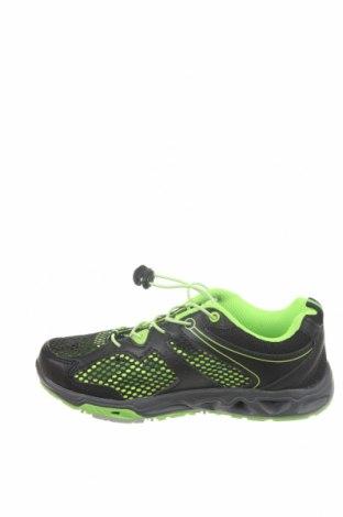 Детски обувки Umbro, Размер 35, Цвят Черен, Еко кожа, текстил, Цена 49,84лв.