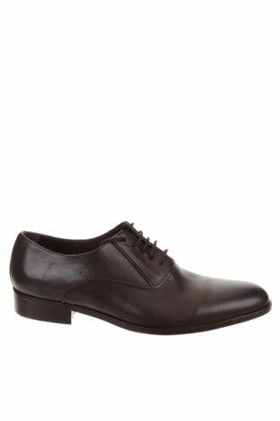 Мъжки обувки Cortefiel, Размер 44, Цвят Кафяв, Естествена кожа, Цена 78,00лв.