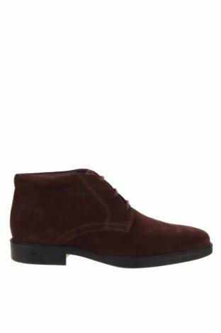 Мъжки обувки Geox, Размер 45, Цвят Кафяв, Естествен велур, Цена 137,97лв.
