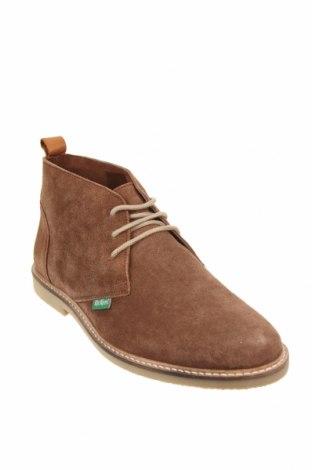 Мъжки обувки Kickers, Размер 40, Цвят Кафяв, Естествен велур, Цена 59,77лв.