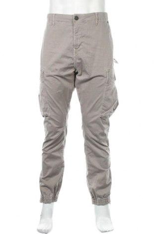 Мъжки панталон True Religion, Размер XL, Цвят Сив, 97% памук, 3% еластан, Цена 94,52лв.