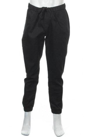 Мъжки панталон Uniqlo, Размер XL, Цвят Черен, 78% памук, 20% полиестер, 2% еластан, Цена 29,40лв.