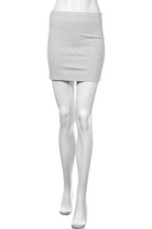 Пола H&M, Размер S, Цвят Сив, 90% памук, 6% еластан, 4% еластан, Цена 14,28лв.