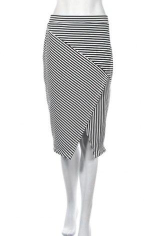 Пола Suiteboutique, Размер XL, Цвят Черен, Цена 27,30лв.