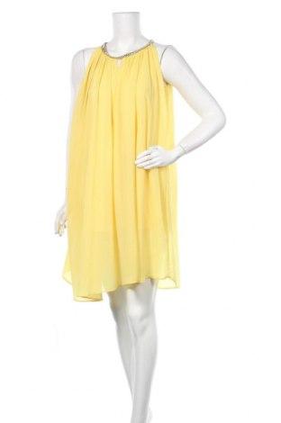 Рокля, Размер M, Цвят Жълт, Цена 35,70лв.