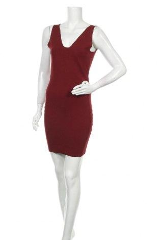 Рокля Selected Femme, Размер M, Цвят Червен, 65% вискоза, 35% полиамид, Цена 66,75лв.