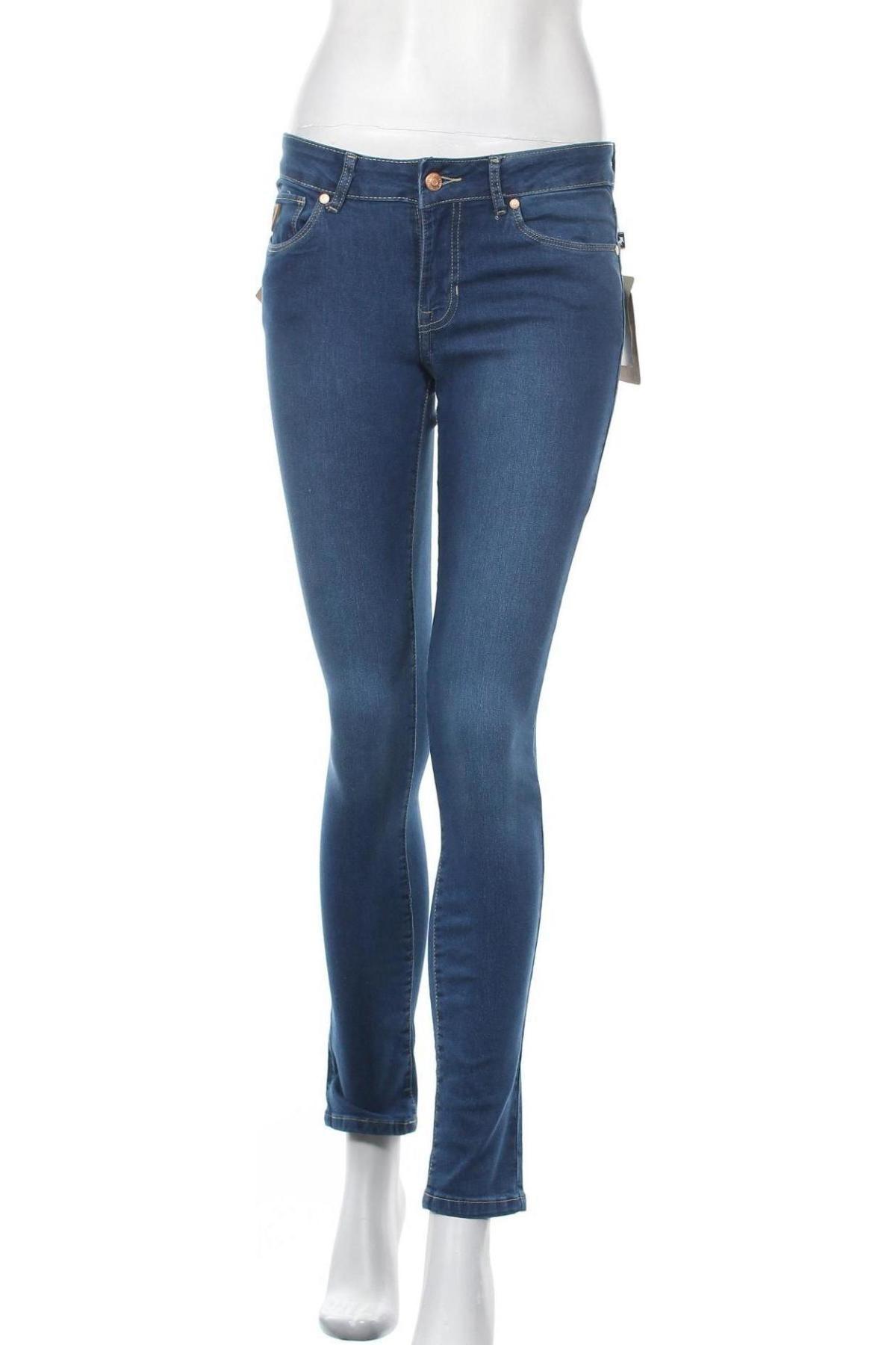 Дамски дънки Lois, Размер M, Цвят Син, 74% памук, 24% полиестер, 2% еластан, Цена 81,75лв.