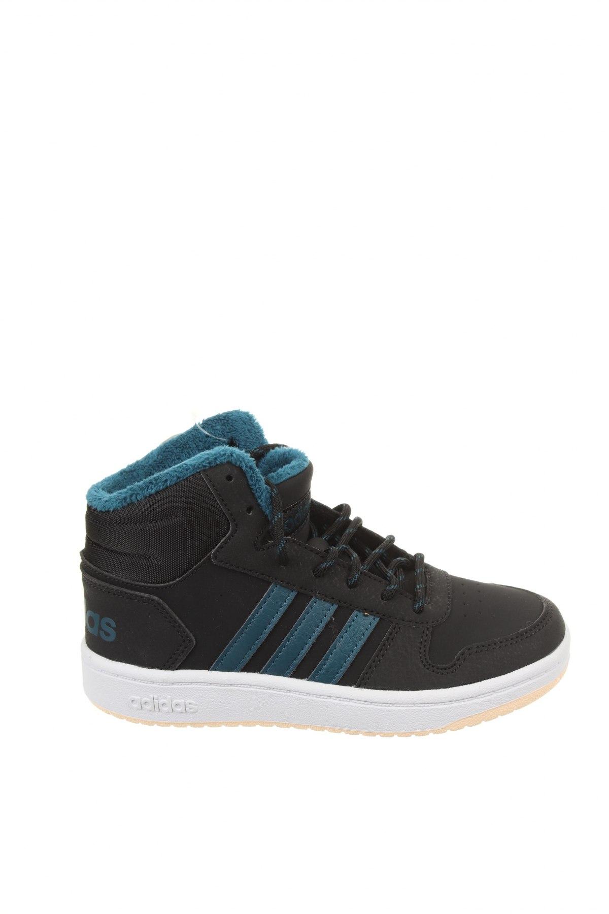 Детски обувки Adidas, Размер 32, Цвят Черен, Еко кожа, текстил, Цена 38,76лв.