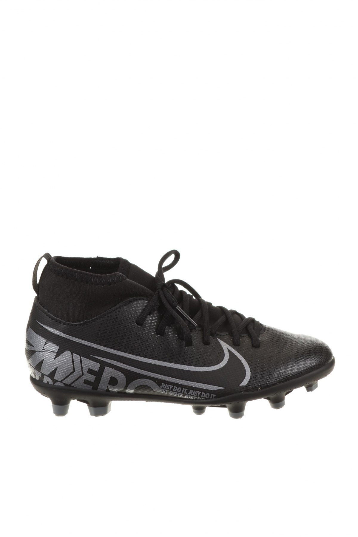 Детски обувки Nike, Размер 32, Цвят Черен, Еко кожа, текстил, Цена 29,70лв.