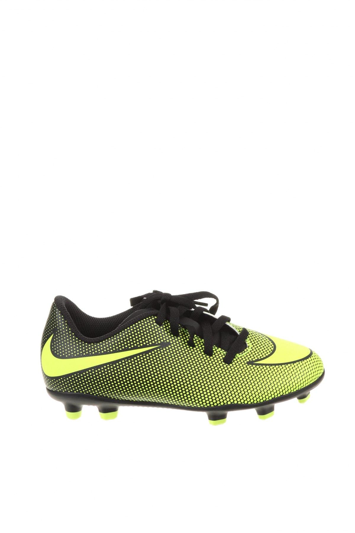 Детски обувки Nike, Размер 32, Цвят Зелен, Полиуретан, Цена 37,62лв.
