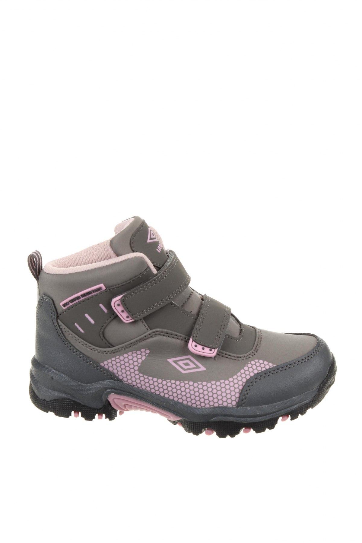 Детски обувки Umbro, Размер 34, Цвят Сив, Текстил, Цена 36,48лв.